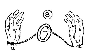 trucos con hilos y anillos 8