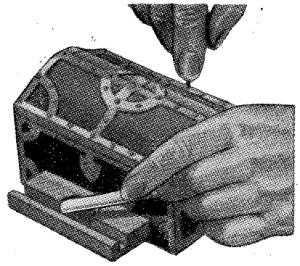 como hacer una cigarrera de madera 2